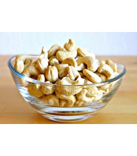 Cashews, whole - hand cracked and raw