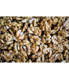 Walnut halves - 100% raw and organic from Moldova